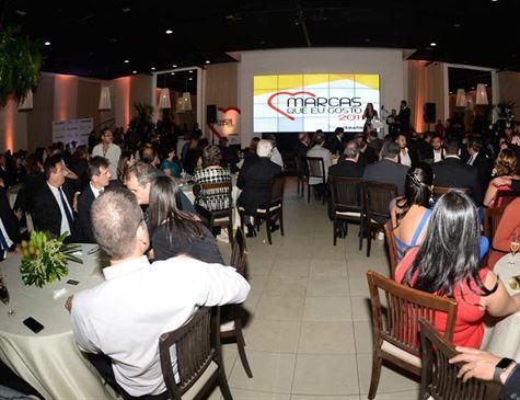 Prêmio da Folha revela as 50 marcas preferidas do Pernambucanos