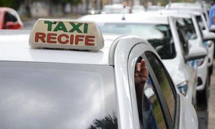 Táxis irão operar em bandeira 2 durante o Carnaval