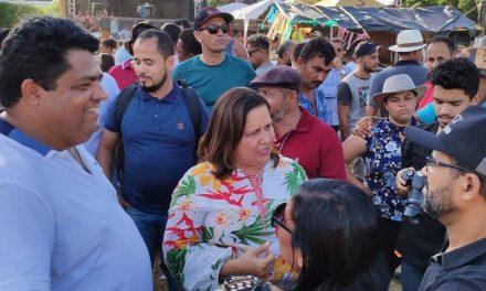 Vereador Deoclécio faz a alegria da criançada na Festa de Gaipió em Ipojuca
