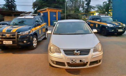 Motorista tenta fugir da polícia, mas é detido com carro roubado em Garanhuns