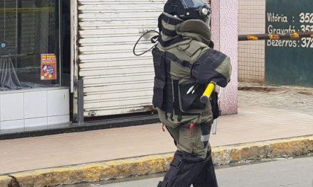 """""""POLÍCIA FEDERAL DÁ DETALHES SOBRE A EXPLOSÃO OCORRIDA NA AGÊNCIA DA CAIXA ECONÔMICA DE BEZERROS/PE""""."""