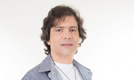 Guitarrista Luciano Magno se apresenta no Instrumental Sesc Brasil, em São Paulo