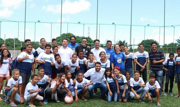 Prefeitura do Jaboatão e tetracampeão Ricardo Rocha firmam parceria para criação de escolinha de futebol