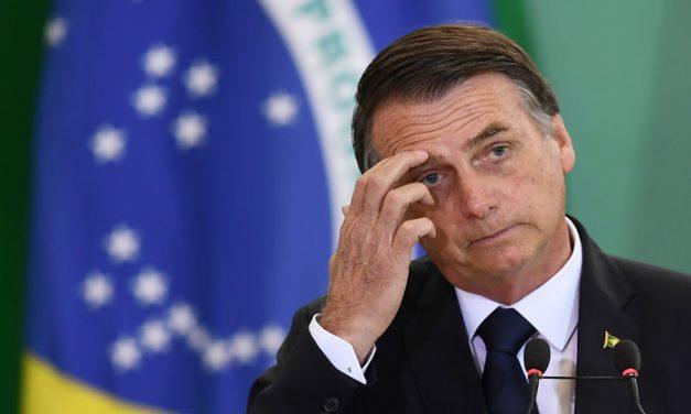 Governo Bolsonaro cede e agora admite recriar dois ministérios