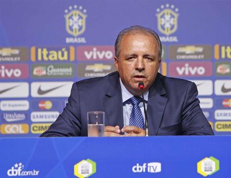 Seleção feminina de futebol é convocada para a Copa